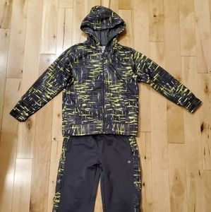 Xersion Boys Patterned Athletic Outfit (M)